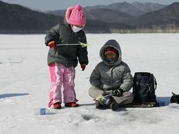 【地道遊】包冬天玩雪一天遊 - 雪兜體驗。白色南怡島。釣冰魚體驗│首爾自由行套票3-31天