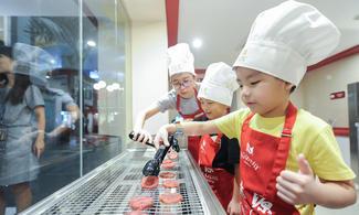 【親子同樂】小朋友的大挑戰!超真實社會職業體驗!│KidZania Singapore │新加坡自由行套票3-31天 (需與最少1位4-11歲小童同行)