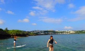 【藍洞立槳衝浪】人氣急升水上運動SUP│包pocket wifi租借服務│沖繩自由行套票 3-31天