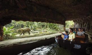 【主題玩樂】少有!以淡水河川生態為主題的動物園!│河川生態園 Singapore River Safari 1日門票(含遊船&亞馬遜河探索) │新加坡自由行套票3-31天